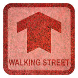 Идя знак улицы земной Стоковое Фото