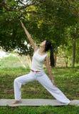 йога женщины стоковое фото