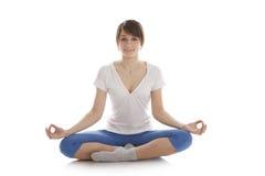 йога изображения девушки практикуя Стоковая Фотография RF