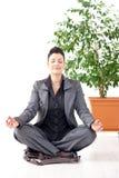 йога офиса раздумья стоковое изображение