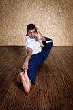 йога представления dhanurasana лучника akarna Стоковая Фотография RF