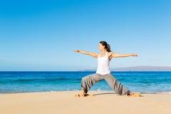 Йога пляжа Стоковые Изображения