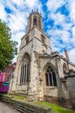 Йорк, Англия, Великобритания: Церковь всех Святых возвышается стоковые изображения