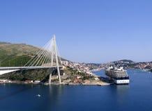 Кабел-остали мост стоковое фото