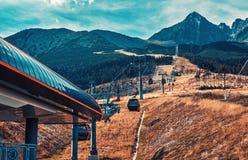 Кабел-кран в горах Стоковые Изображения