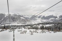 Кабел-кран на станции лыжи Hatsvali Грузия Стоковое Изображение RF