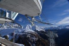 Кабел-кран Skyway на Монблане, Альпах, Италии Стоковая Фотография