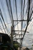 Кабельная сеть перед голубым небом Стоковое Изображение RF