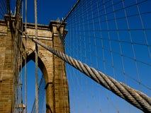 Кабель на иконическом Бруклинском мосте Стоковые Изображения RF