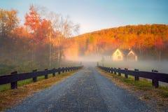 Кабина горы в тумане Стоковая Фотография