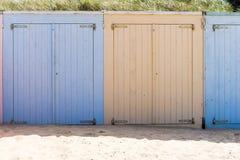 Кабины на пляже Стоковая Фотография