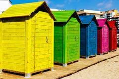 кабины пляжа цветастые Стоковое фото RF