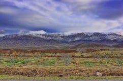 кавказское ясного дня highmountains гор России -го солнце в октябре Стоковая Фотография RF