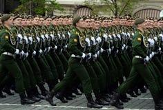 Кадеты ветви Serpukhov военной академии стратегических сил ракеты во время генеральной репетиции парада Стоковое Изображение