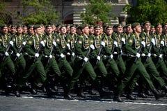 Кадеты военной академии стратегических сил ракеты назвали после Питера большой во время военного парада Стоковое Изображение