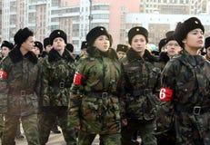 Кадеты корпуса кадета Москвы дипломатического подготавливают для парада 7-ое ноября на красной площади Стоковые Фото