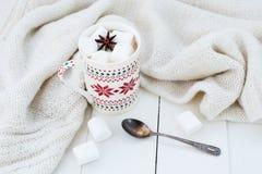 Какао с анисовкой зефира и звезды Стоковая Фотография