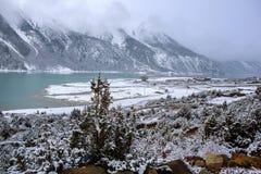 Как бы пейзаж озера в Тибете Стоковая Фотография