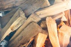 Как воспламенить огонь Стоковая Фотография