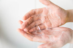 Как помыть руку Стоковые Фотографии RF