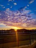 Как раз изумительный заход солнца в нормальном дне стоковое изображение rf