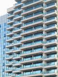 Как раз новые builded роскошные дом, окна и балкон apartament Стоковая Фотография