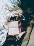 Как раз читающ когда свой холод Стоковое фото RF