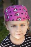 как ребенок одетьнный пират Стоковые Изображения RF