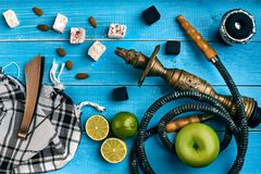 как табак фото предпосылки batural Турецкий куря кальян с вкусом табака зрелых зеленых яблока и известки Стоковое Изображение