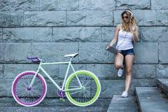 Как холодн мой новый велосипед? Стоковые Изображения RF