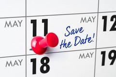 Календарь стены с красным штырем - 11-ое мая Стоковая Фотография RF