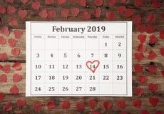 Календарь с красным сердцем на день Святого Валентина Святого на 14-ое -го февраль 2019 в торжестве любов стоковое изображение rf