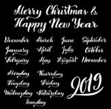 Каллиграфический набор месяцев года 2019 и дней недели Октябрь -го сентябрь -го март -го февраль -го январь -го декабрь, бесплатная иллюстрация