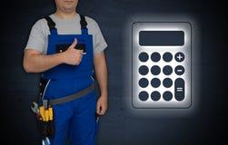 Калькулятор и мастер с большими пальцами руки вверх Стоковые Изображения RF