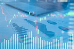 Калькулятор на столе финансовый строгать Финансовые абстрактные концепции Стоковая Фотография RF