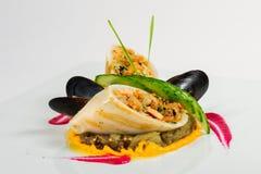 Кальмары заполненные с мясом и овощами Стоковые Изображения RF