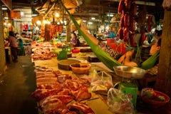 Камбоджийский рынок в Siem Reap, Камбодже стоковые фото