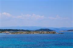 Каменистый берег моря Стоковое фото RF
