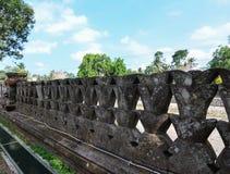 Каменная высекая стена Стоковые Изображения RF