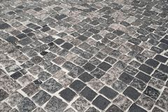 Каменная дорога выровнянная с каменной улицей блоков Текстура камня masonry стоковое изображение rf