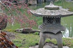 Каменная пагода японского фонарика Стоковые Фото
