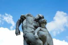 Скульптура в дворе жалюзи в Париже Стоковое фото RF