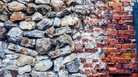 Каменная старая стена от огромных блоков Предпосылка камней концепция надежности Красивый текстурированный винтажный антиквариат Стоковая Фотография RF