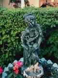 Каменная статуя монаха Стоковая Фотография