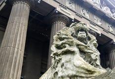 Каменная статуя льва Стоковые Изображения