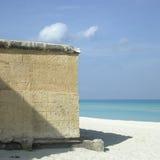 Каменная стена пляжа Стоковое фото RF