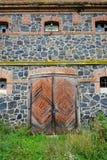 Каменная стена старой мельницы гранита трясет, старый masonry с ol Стоковое фото RF