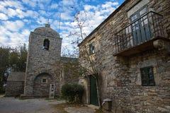 Каменная церковь Cebreiro стоковые фотографии rf