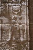 Каменное иероглифическое резное изображение на виске Philae стоковое фото rf
