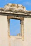 каменное окно стоковые изображения